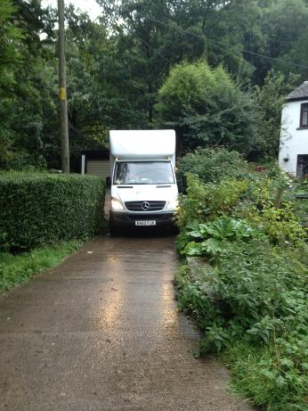 removals van in Manchester getting into tight access driveway